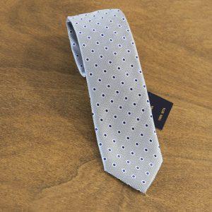 Cravatta a pois fondo grigio chiaro mod. 108