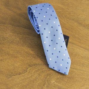 Cravatta a pois fondo celeste mod. 110