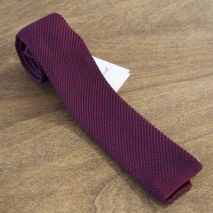 Cravatta in maglina fantasia fondo bordeaux mod. 300