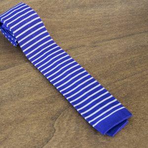 Cravatta in maglina fantasia fondo viola mod. 301
