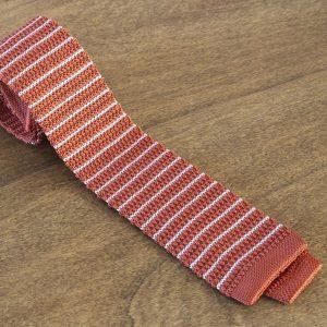 Cravatta in maglina a righe fondo arancione/bianco mod. 310